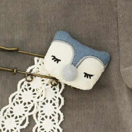 半縫製装飾)眠っているキツネ