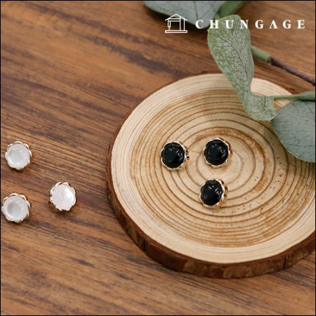 水滴ボタンの花のボタン(2種)